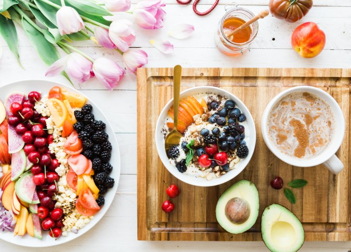 best breakfast recipes, meals on wooden table